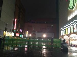 コマ劇場前広場